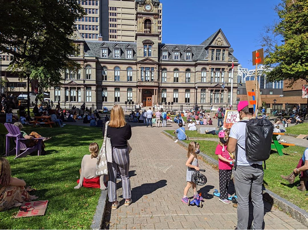 Hundreds gathered at Grand Parade today in Halifax to remind everyone that the climate crisis still rages on. - VIA @MELANDFOXY INSTAGRAM