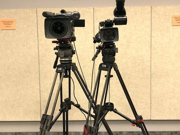 briefing_cameras.jpeg