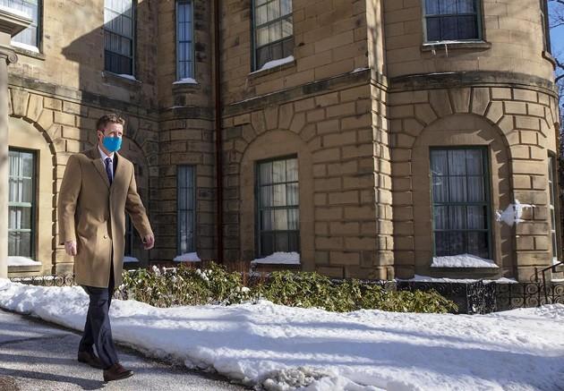 Dude, where was that mask when you were inside? - COMMUNICATIONS NOVA SCOTIA