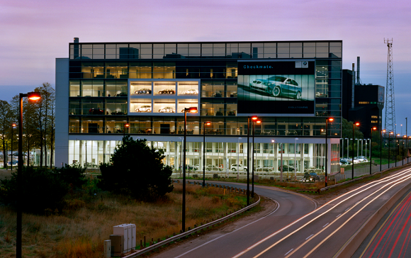 The BMW dealership in Toronto is everything Colonial Honda is not. - VIA QUADRANGLE ARCHITECTS