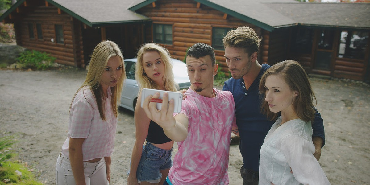 Winny Clarke, Justine Nelson, Evan Giovanni, Justin Gerhard and Grianne O'Flynn get a selfie in Nobody Famous.