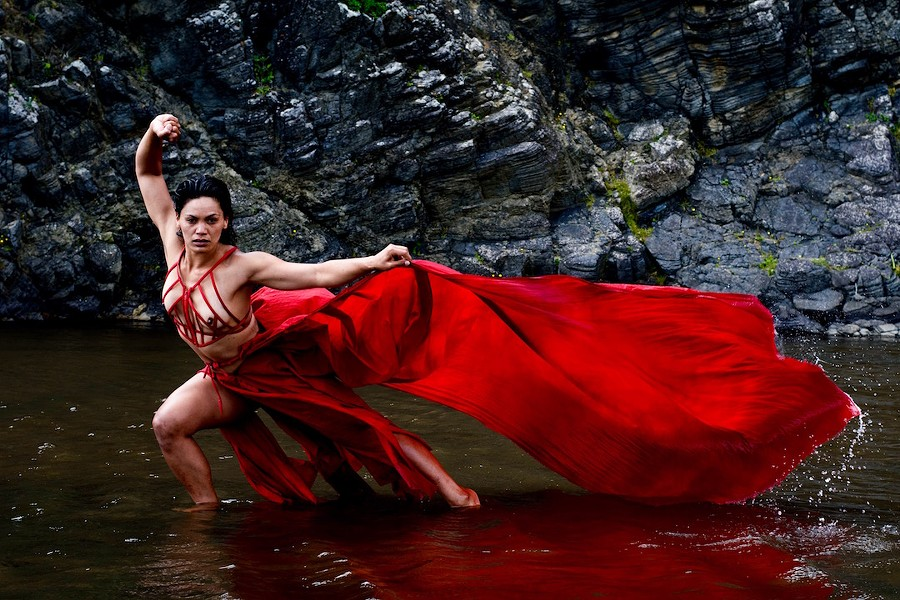 Kaha:wi dancer Nancy Wijohn - TONY NYBERG