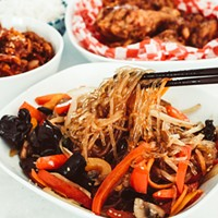 When you're eating food from another culture, why not educate yourself on that culture's etiquette? THANH PHÙNG