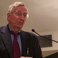 Seymour Hersh speaks at the CAJ conference in Halifax on June 6.