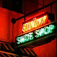 The Economy Shoe Shop sign on Argyle Street.