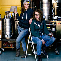 Erica Fraser and Kelly Costello are brewin' it for the ladies.