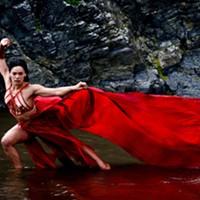 Kaha:wi dancer Nancy Wijohn