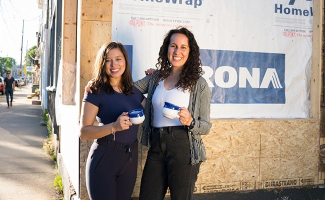 Lara Cusson and Ruthy Shvalbe want to have a coffee with you - IAN SELIG