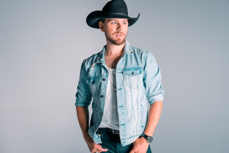 Brett Kissel helps country fans keep it twangy as 2018 draws to a close. - VIA BRETTKISSEL.COM