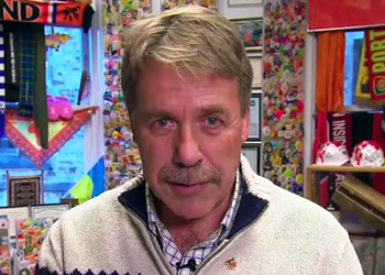 Peter Stoffer apologizes for behaviour, denies any wrongdoing