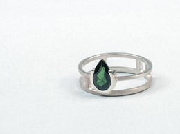 CAROLINE DEACON - Silver ring with tourmaline