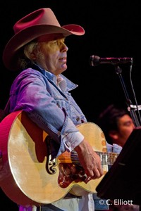 ELLIOTT - Dwight Yoakam