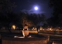 3fabfc23_labyrinth_at_full_moon.jpg
