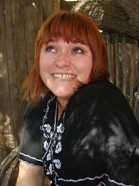 MARI HERRERAS - Kelly Lewis