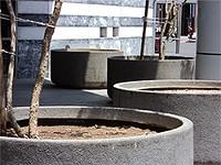 99c7cca7_plaza_planter.jpg