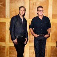 Season's Greetings: Calexico To Drop Holiday Album on Dec. 4