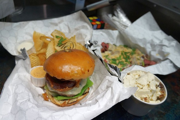 MM's Sriracha Burger - MARK WHITTAKER