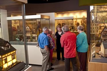 MINI TIME MACHINE MUSEUM OF MINIATURES