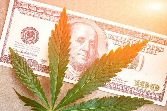 Bud Banking Bust | Tucson Weekly