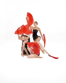 """Prima Ballerina Jenna Johnson (left), Taylor Carlson (standing) and Megan Steffens (right) in """"Boler-O,"""" to be performed in Ballet Tucson's fall concert this weekend. - ED FLORES"""