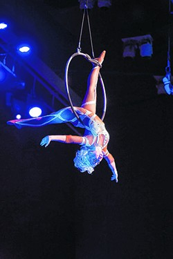 Cirque Holiday - COURTESY PHOTO