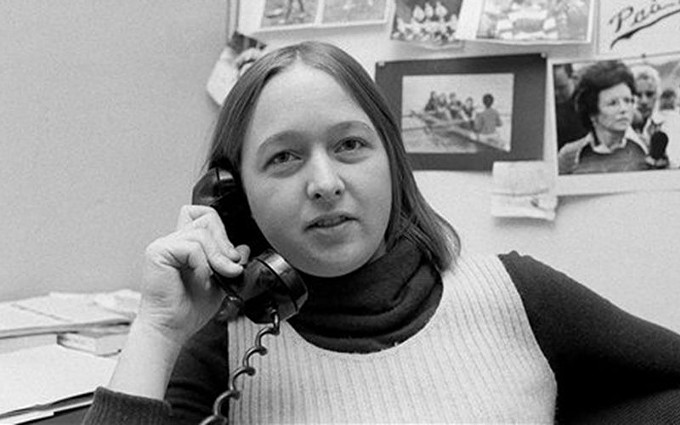 Melissa Ludtke, a writer for Sports Illustrated, is shown on the job in her office in New York, Jan. 23, 1978. - DAVE PICKOFF