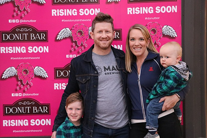 Franchise owners Nick and Jessica Mueller are bringing the Donut Bar craze to Tucson.