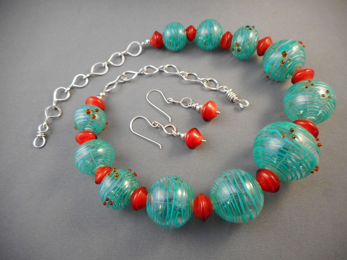 hollow blown bead necklace