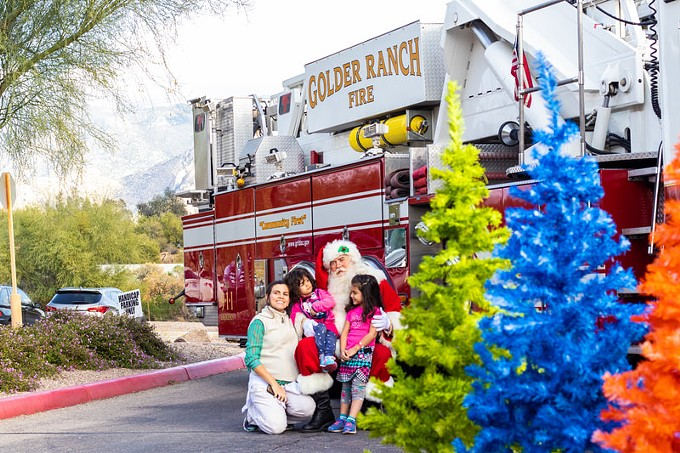 Oro Valley Festival of the Arts & Holiday Tree Lighting