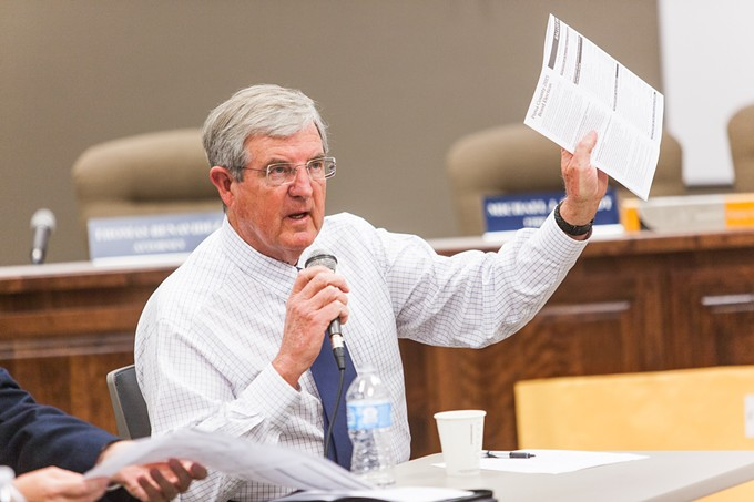 Pima County Administrator Chuck Huckleberry is going a'courtin'.