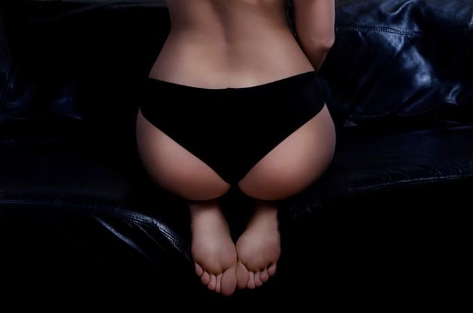 bigstock-sexz-butt-of-beautiful-woman-64879468.jpg