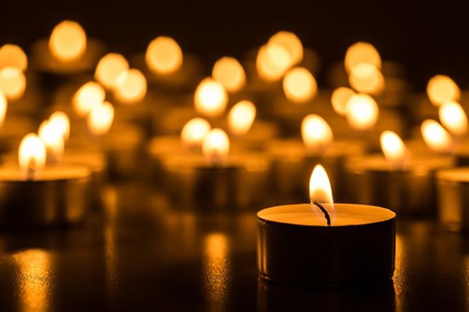 bigstock-christmas-candles-burning-at-n-108500090.jpg
