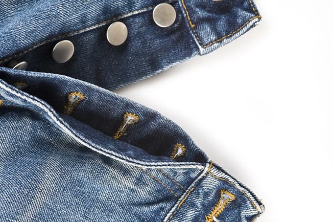 bigstock-fly-of-the-jeans-with-button-c-45017917.jpg