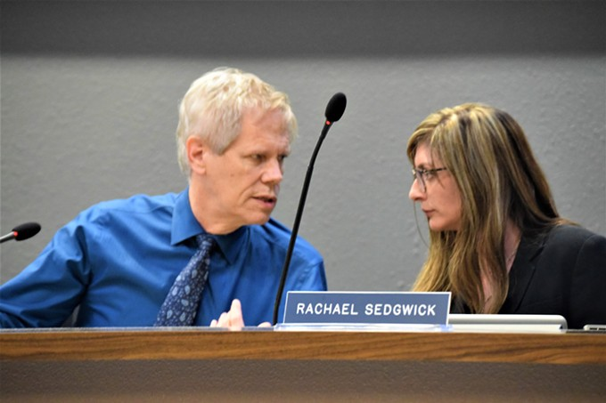 TUSD Board members Rachael Sedgwick and Mark Stegeman at the Feb. 21 meeting.