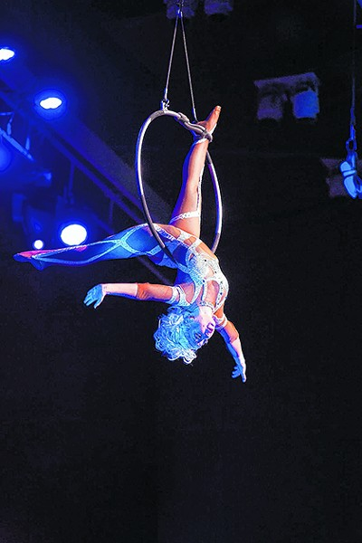 Cirque Holiday - COURTESY PHOTO