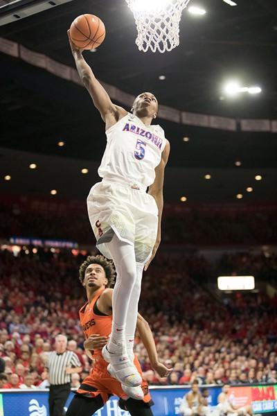 Sophomore forward Brandon Randolph throws down a dunk against the University of Oregon during his freshman season on Jan. 13, 2018. - STAN LIU   ARIZONA ATHLETICS