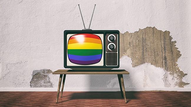 bigstock--d-rendering-old-tv-with-rainb-143790839.jpg