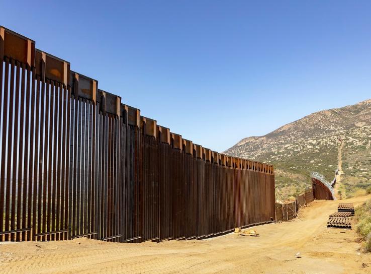 Trumps border wall progress 70 pt dehumidifier